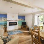 The-Olde-House_Marsh-Lounge