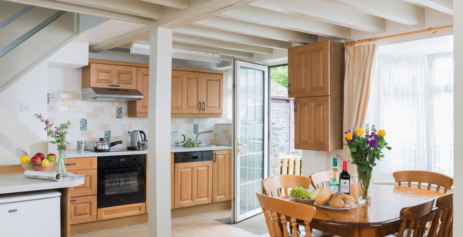 The-Olde-House_Nook-Kitchen