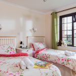 The-Olde-House_Primrose-Twin-Room